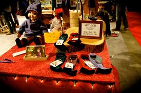 photo essay wizard wear at circle craft wizard wear wizard wear circle craft booth table