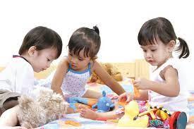 Khả năng tập trung của trẻ yếu kém là do người lớn cứ làm những điều này mà  không biết
