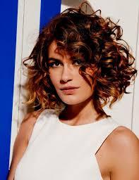 Modèles De Coiffure Mariage Cheveux Mi Long Attachés Cheveux