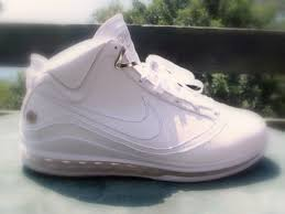 lebron james shoes all white. breaking news nike air max lebron vii hits id today lebron james shoes all white h