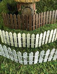 miniature flexible picket fence your