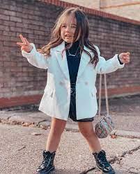 Sorenna - Cô Bé 3 Tuổi Sở Hữu Tủ đồ Hiệu đắt đỏ