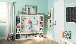 Entryway Furniture to Keep Your Mudroom Organized This Winter ...