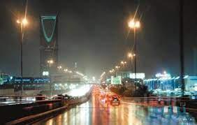 هطول أمطار على الرياض   صحيفة تواصل الالكترونية