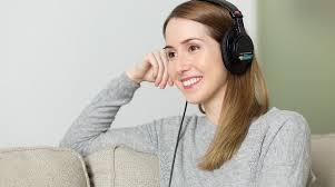 Как настроить <b>микрофон</b> в <b>наушниках</b> на компьютере и телефоне
