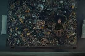 Review] The Platform (Netflix) - สถานที่กักตัวที่เอาไว้ขังจิตสำนึกของคนเป็น  - Pantip