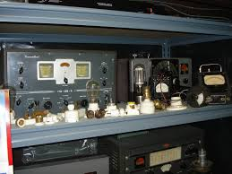 wa3dsp museum hammarlund hq 129x receiver and johnson ranger transmitter knob and tube wiring components in front
