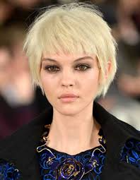 short gy haircut for thick straight blonde hair