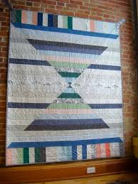 17 best images about quilts bear paw churn dash hole in the barn door monkey wrench shoo quilt pattern