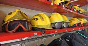 Incêndio em casa devoluta no Funchal