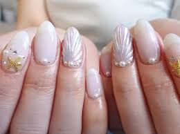 Mermaid shell nails: The latest nail art trend making waves ...