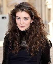 Lorde Has New Platinum Blonde Hair In ...