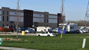 The suspected shooter allegedly drove to facility at around 11 p.m. Rredg Fxsk9hkm
