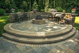 curved cinder block fire how to build a curved concrete block retaining wall
