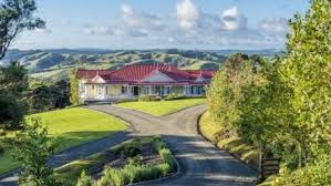 Grand Designs New Zealand Log House When Grand Designs Fails New Zealand Owners Sell Their