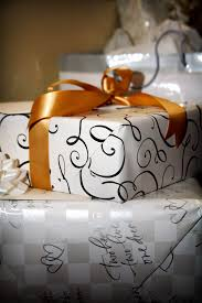 5 wedding registry tips with susan from dillard s on holly s hot wedding tips wedding gift