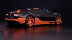 206 mph / 333 kmh. Bugatti Veyron 16 4 Super Sport