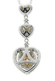 18k white gold heart shaped pendant necklace