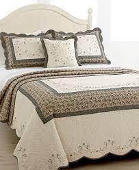 161 best Bedspreads & Quilts images on Pinterest | Bedrooms, Bed ... & 161 best Bedspreads & Quilts images on Pinterest | Bedrooms, Bed and Bedroom Adamdwight.com