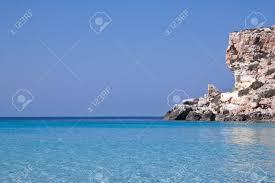 Mooie Blauwe Zee Van Lampedusa Sicilië Italië Royalty Vrije Foto