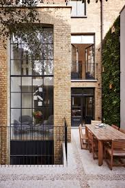 Best 25+ Townhouse ideas on Pinterest | Manhattan house, Windows ...