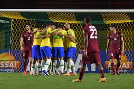 Brasil fura retranca da Venezuela com gol de Firmino e se mantém 100% -  13/11/2020 - UOL Esporte