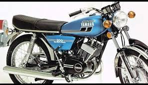 yamaha rd200 retro motorcycle