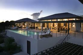 Reinterpreted Traditional Caribbean Architecture Modern Way