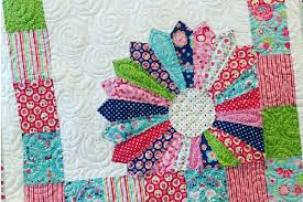 Dresden Plate Quilt Pattern Adorable Baby Quilt With A Peeping Dresden Plate Quilting Cubby