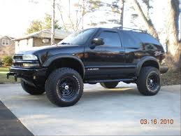 side view lifted Black Chevrolet Truck | SUV | Pinterest | Blazers ...