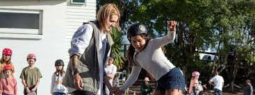 Amber Clyde's skateboarding school/crew giving girls the ...