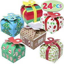 Gift box with bow Fondant 24 Pieces 3d Christmas Goody Gift Boxes With Bow For Holiday Xmas Goodie Paper Boxes Amazoncom Amazoncom 24 Pieces 3d Christmas Goody Gift Boxes With Bow For