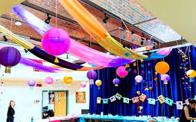 office bay decoration ideas. Besides These Basic Decor Ideas Some Activities Can Be Organised For Teams And Employees Diwali Celebration Office Bay Decoration