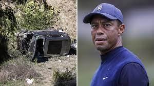 Topgolfer Tiger Woods uit autowrak bevrijd na ernstig auto-ongeluk - FunX.nl