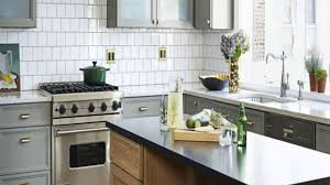 simple modern kitchen. Marvellous Kitchen Backsplash Ideas 2018 White And Grey Dominan Concept With Large Cabinets Vasts Faucet Sink Simple Modern