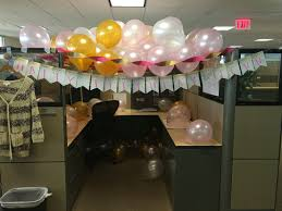 Cubicle Decorations For Birthday Birthday Decorations For A Am Office Cubicle From Pinterest To