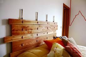 Fascia Contenitiva Da Letto : Migliori idee su testata del letto in legno