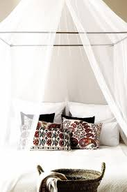 10 Hacks for Creating a Canopy Bed | DECORATE | Home bedroom ...