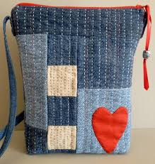 Best 25+ Quilt bag ideas on Pinterest | Patchwork bags, Quilted ... & The Essential Little Bag. Quilted Bags PatternsDenim ... Adamdwight.com