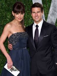 Katie (tries) to seduce tom. Katie Holmes Tom Cruise Call It Quits Los Angeles Times