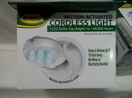 Ideaworks Motion Activated Cordless Light Ideaworks Motion Activated Cordless Light Set Of 4 2 New 2 Used White