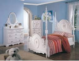 stylish girls white bedroom wribbon details poster bed amazing white kids poster bedroom furniture