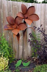 Impressive on Metal Garden Flowers Outdoor Decor Rusty Metal Garden Decor  Metal Flowers Metals And Rusty