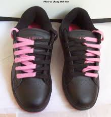 Shoelace Patterns Interesting Different Ways To Tie Your Shoelaces And Minor Acts Of Rebellion