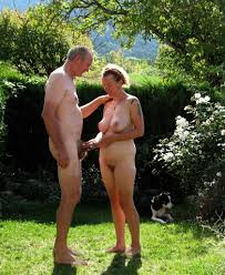 Mature Nude Couples Outdoors Sex Porn Pictures