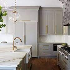 A Gorgeous Combination Of Gray Cabinets Brass Hardware Absolutely Stunning Design By Shayelyn Woodbery Kitchen Design Kitchen Interior Kitchen Remodel