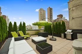 Image Pitched Roof Upper East Side Roof Garden Evergreens Outdoor Wicker Roof Deck Furniture House Home Upper East Side Roof Garden Evergreens Outdoor Wicker Roof Deck