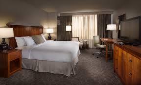 Full Size of Furniture:hawaii Hawaiian Honolulu Hilton Waikiki Beach Hotel  Guest Room Made Mattress ...