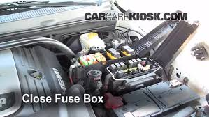 jeep grand cherokee fuse box diagram  replace a fuse 2005 2010 jeep grand cherokee 2005 jeep grand on 2010 jeep grand cherokee