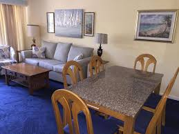 2br2 Bath Condo Resort Walk To Beach Shopping Entertainment